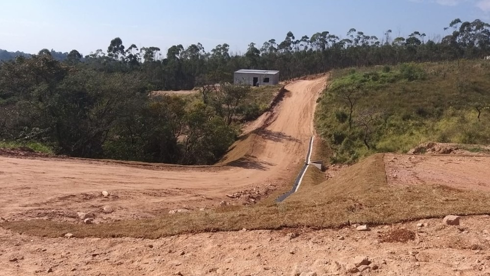 terreno barato no interior de sp com 1000 m²