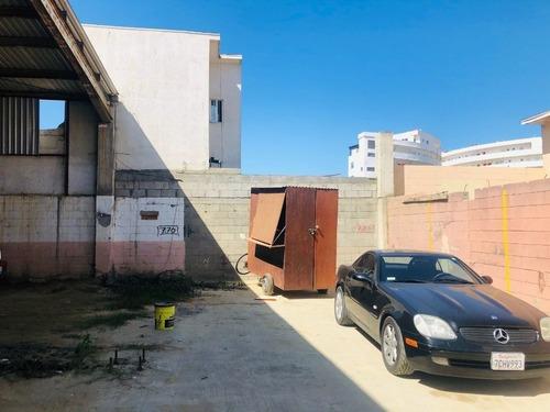 terreno bardeado en venta sobre paseo playas de tijuana