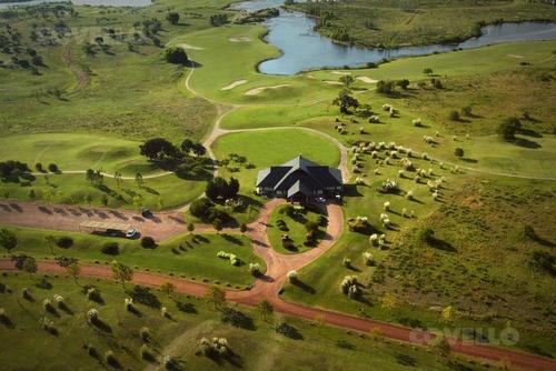 terreno, barrio cerrado, cancha de golf, seguridad