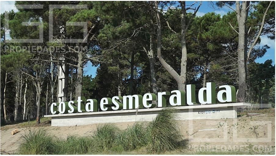 terreno - barrio costa esmeralda