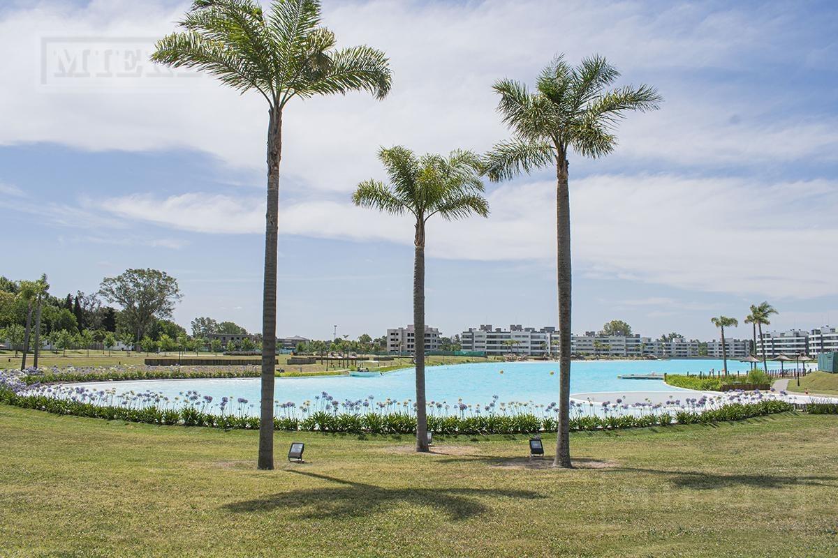 terreno central de 500 mts. en lagoon pilar