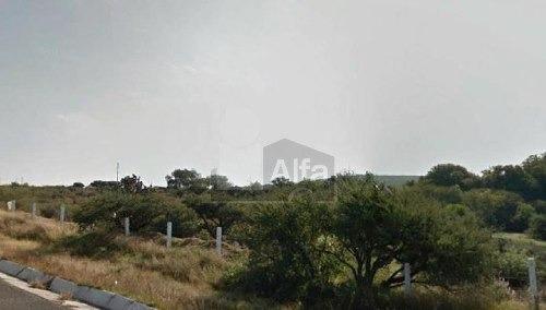 terreno  cerca  aeropuerto y  universidad  arkansas, qro 1,000 hectáreas