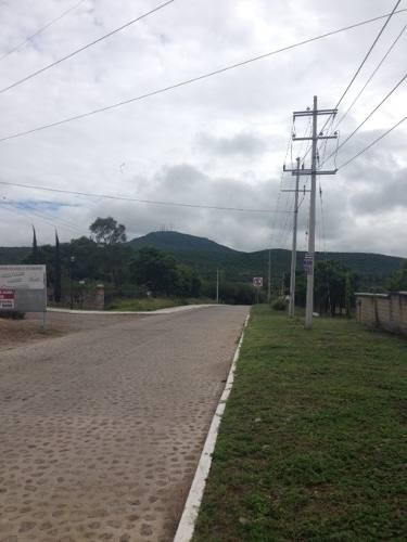 terreno cerca de carretera a huimilpan qro. + de 5 has.