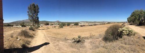 terreno cerca de centro turístico
