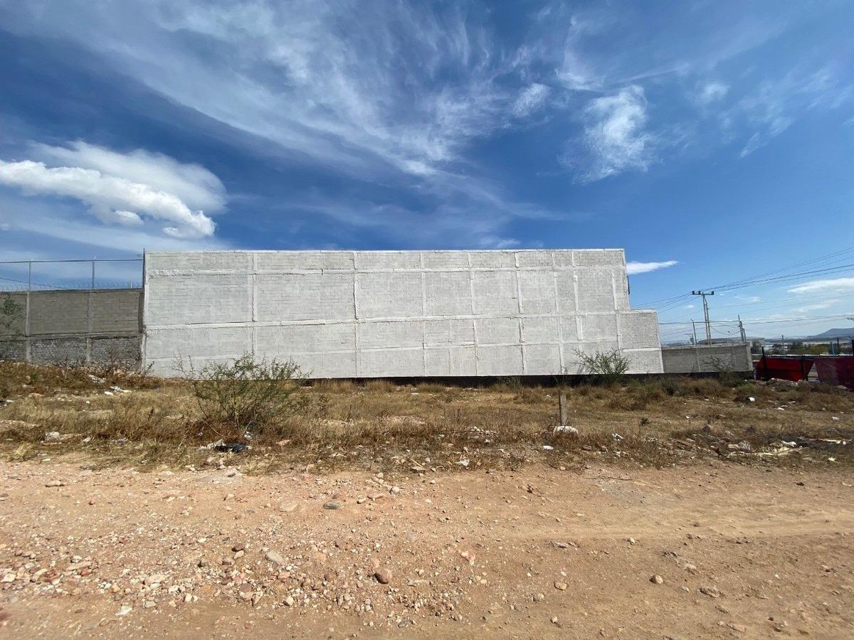 terreno cerca del aeropuerto de qro