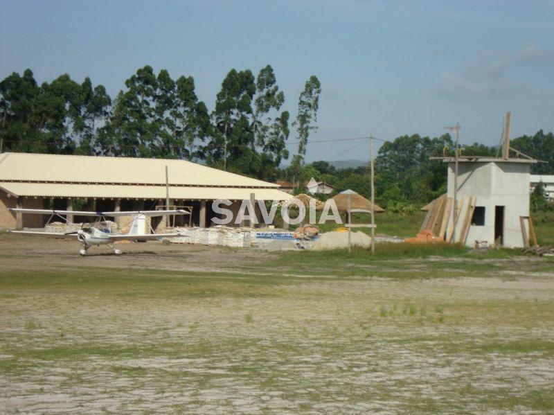 terreno com 169,00 m² no condomínio aeronáutico costa esmeralda, porto belo, sc - 664