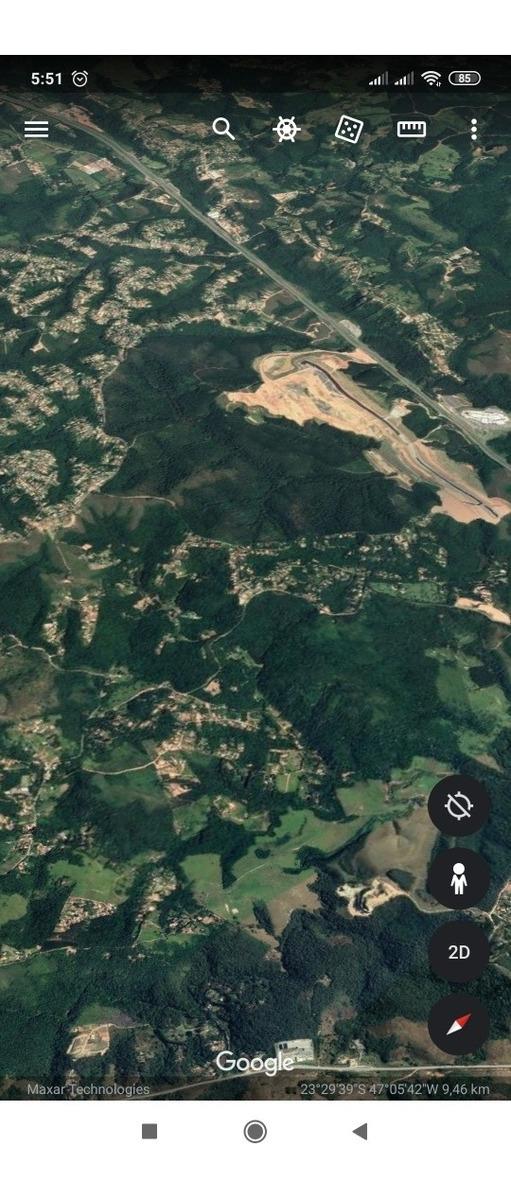 terreno com 20600m (2ha), 75% declive, 100% se plator.