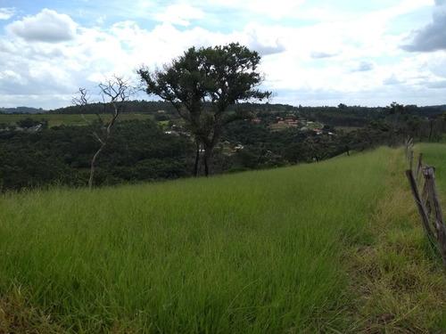 terreno com área de 9.000 metros quadrados, área em declive!