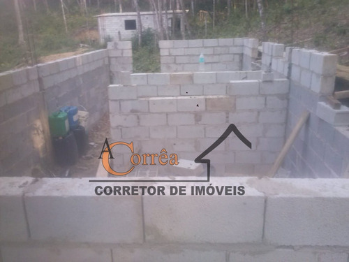 terreno com casa em construção em ótima região de juquitiba