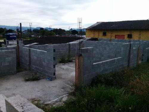 terreno com construção iniciada, no jardim iemanjá