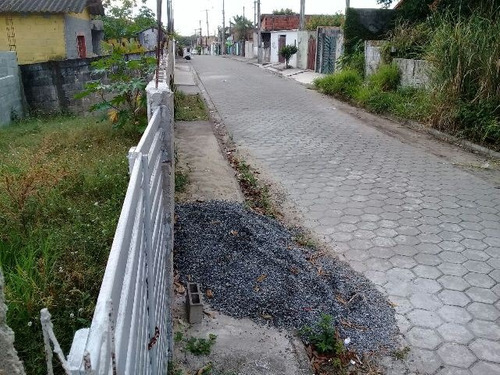terreno com construção iniciada, no jardim iemanjá, itanhaem