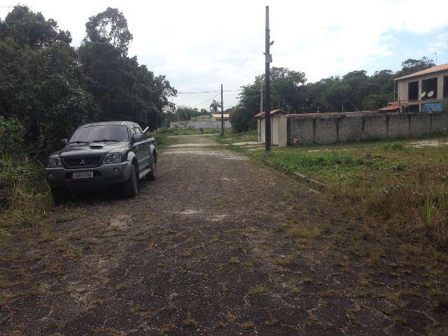 terreno com rua calçada em itanhaém-sp