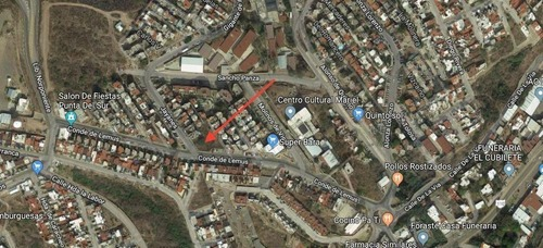 terreno comercial con doble frente, ideal para locales.