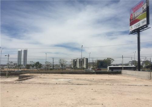 terreno comercial de 11,500 m2 sobre paseo de la república