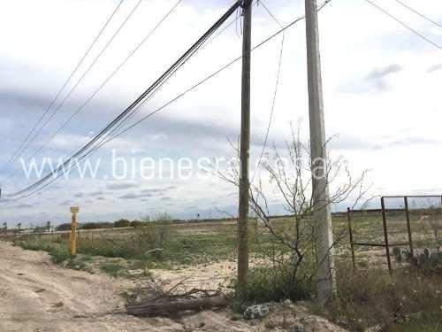 terreno comercial en renta carretera 57 enfrente de cartonera