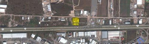 terreno comercial en venta frente parque industrial bernardo quintana