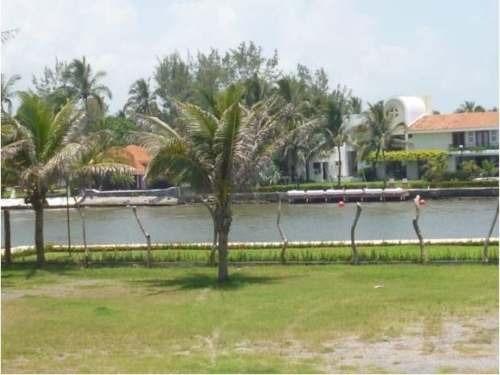 terreno comercial en venta isla del amor
