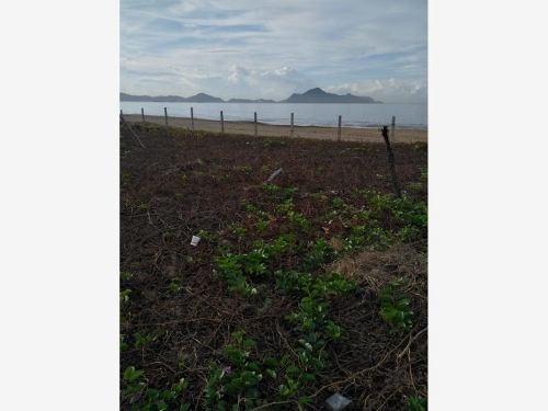 terreno comercial en venta manzanillo 110m frente a playa