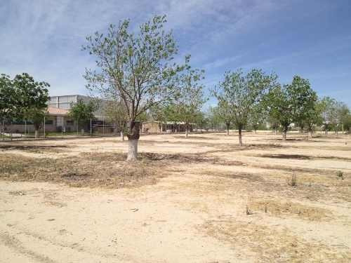 terreno comercial en venta villas del renacimiento