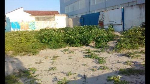terreno comercial na praia, apenas 100 metros do mar.