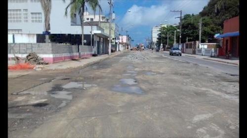 terreno comercial na praia de itanhaém, esquina, ótimo!