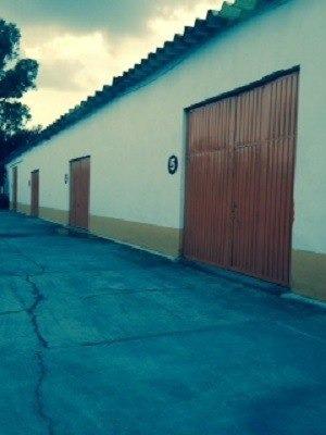 terreno con 7 bodegas, san francsico xicaltongo, iztacalco