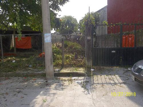 terreno con construcción en obra negra