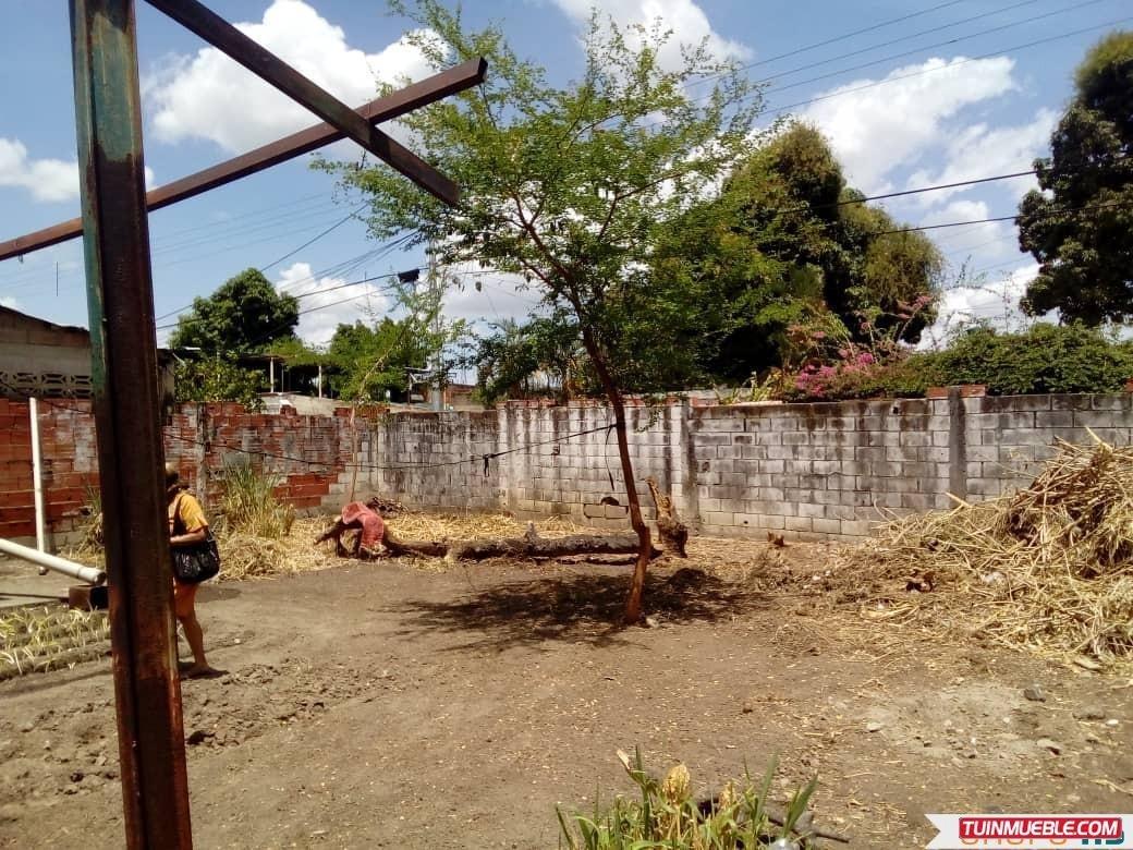terreno con construcción para demoler o reparar en 23 de ene
