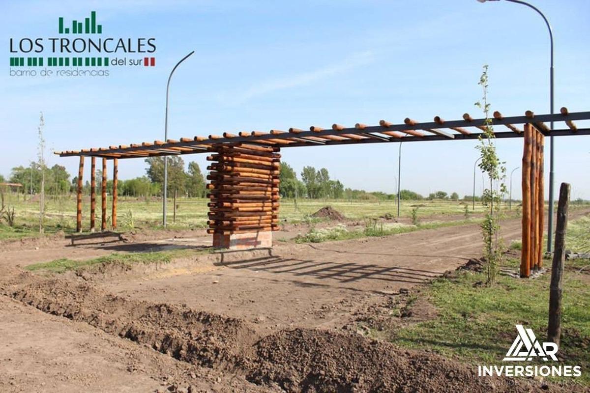 terreno con entrega inmediata en alvear - los troncales del sur - 250 m2