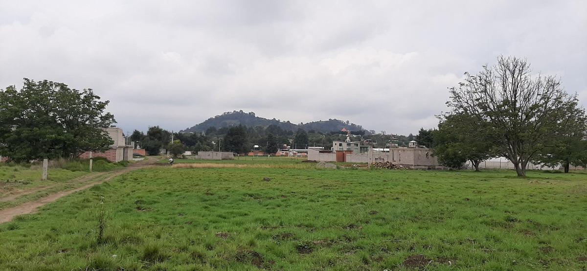 terreno con excelntes vistas de los volcanes en tepetlixpa.