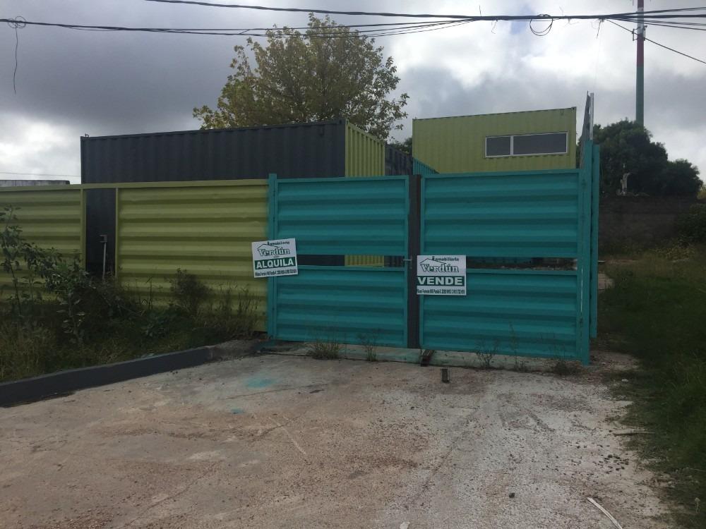 terreno con galpón de contenedor mas casa al fondo