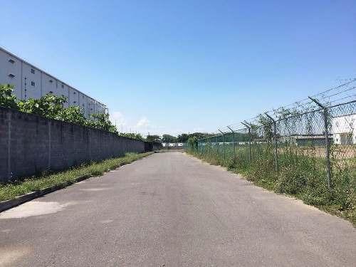 terreno con instalaciones bruno pagliai