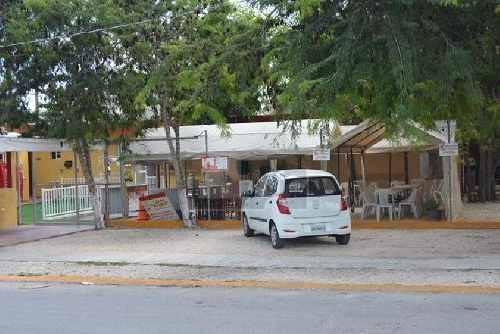 terreno con local en venta en cancún en av. nichupte  ubicacion privilegiada cerca de la av. 135