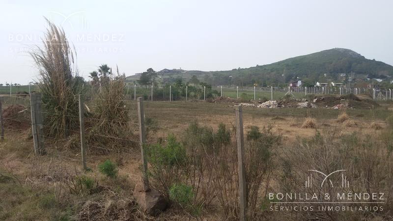 terreno con mucho potencial en playa verde