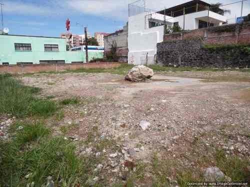 terreno con opción a tipo comercial / residencial plano sobre calle tt