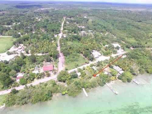 terreno con pie de laguna en el poblado laguna guerrero
