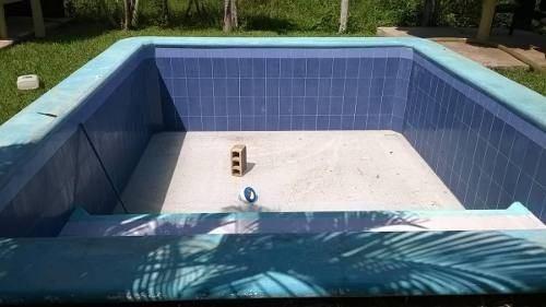 terreno con piscina y casita