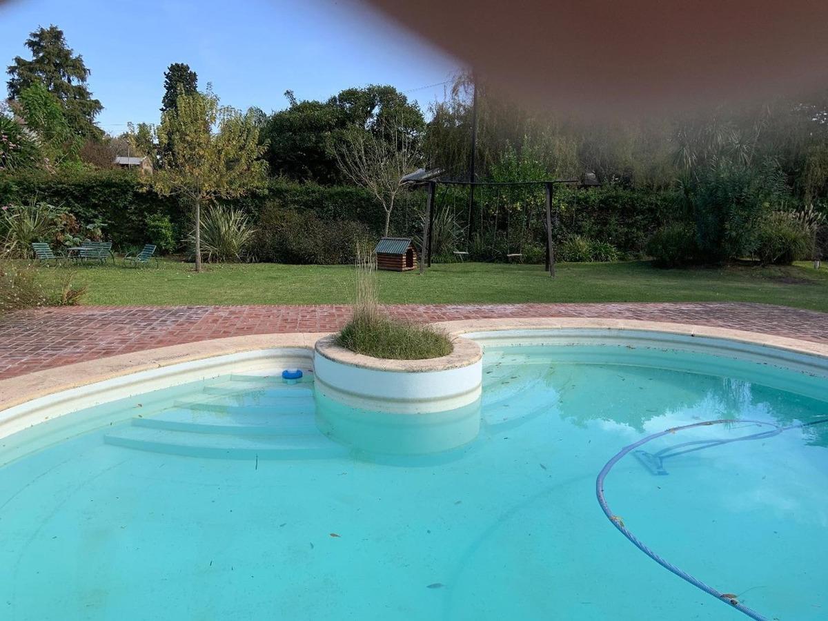 terreno con piscina y lavadero-depósito excelente ubicación