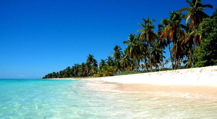 terreno con playa en sabana de la mar