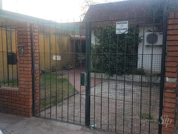 terreno con propiedad a reciclar o edificar oportunidad - olivos-maipu/uzal