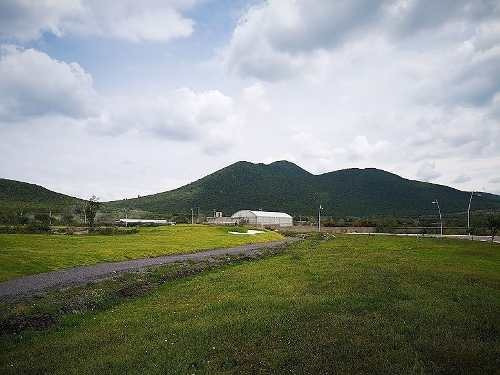 terreno con vista al campo de golf en venta en el encino