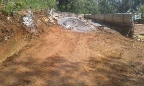 terreno con vista y salida a la presa por san lorenzo.