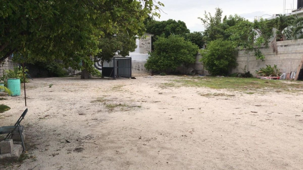 terreno de 1000 m2 en renta, col. aviación, ciudad del carmen, campeche.