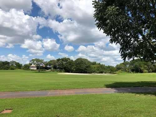 terreno de 1,015m2 frente a campo de golf en xtakay