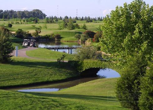 terreno de 1136 mts en pilar golf club