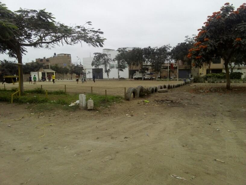 terreno de 120 mts frente a parque