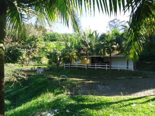 terreno de 12.000 m² com lago - centro piracaia - ref.tr-075