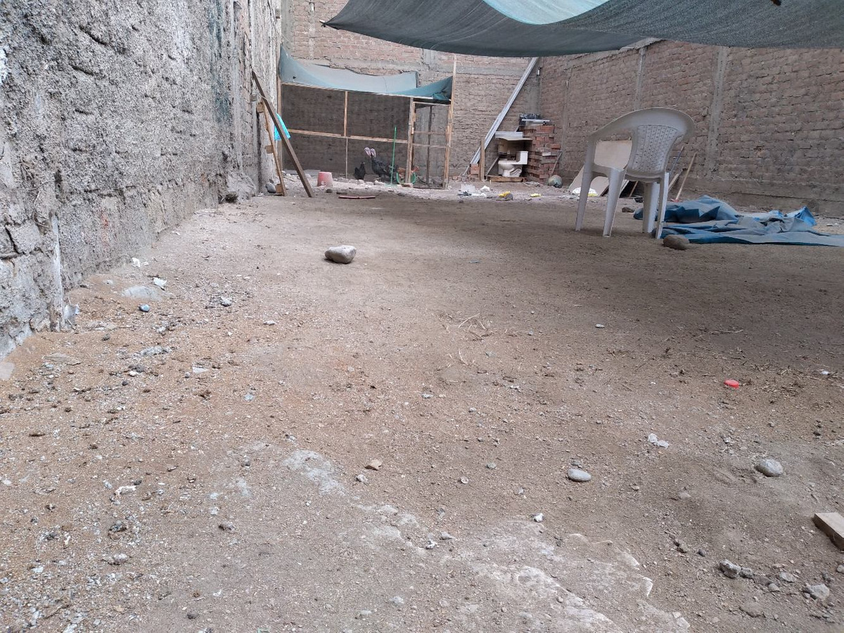 terreno de 140 m2