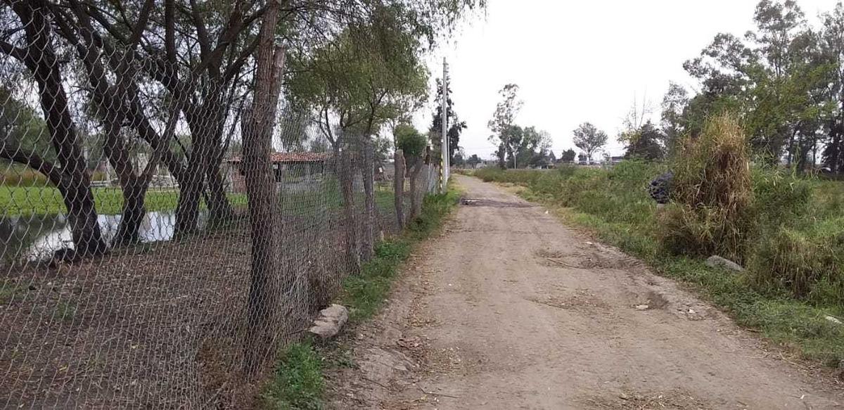 terreno de 2209 metros cuadrados  en querendaro michoacán.
