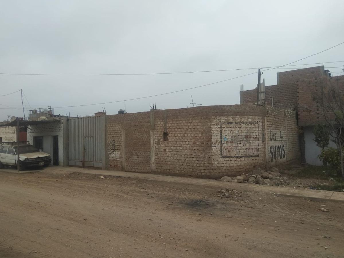 terreno de 232,50 m2 cerca de la plaza de armas de huaral